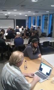 Open Knowledge Danmark arrangerer sig i arbejdet omkring at udbrede basale it-færdigheder. Her diskuteres hvordan vi får lært flere at kode på netværksmøde under EU Code Week. Open Knowledge var medarrangør ved mødet.
